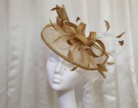 Simple gold fascinator SD1164
